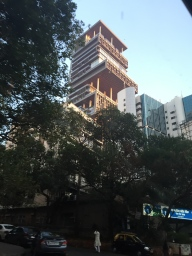 Home of Mukesh Ambani - wealthiest man in India: 27 floors, 3 helipads, six car parks, ballroom etc...